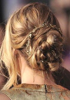 *bellaMUMMA {life is beauty-full}: two simple + stunning DIY WEDDING HAIR ideas