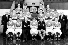 BBC Sport looks at Manchester United's 20 league titles, from to the present day Squad Photos, Team Photos, Man Utd Squad, Manchester United Team, Bobby Charlton, Picture Gifts, School Football, Old Trafford, Man United