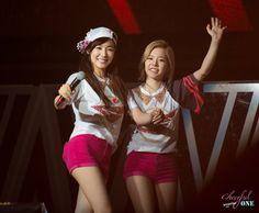 Snsd #Tiffany #Sunny #2ny
