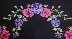 Teapot Cover, Prayer Rug, Yarn Shop, Bargello, Easy Crochet Patterns, Christmas Cross, Cross Stitch Designs, Vintage Patterns, Cross Stitch Embroidery