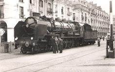 Sutherland prints: Folder no. Train France, Steam Locomotive, Diesel Engine, Rolls Royce, Imagination, Photos, Around The Worlds, Vehicles, Prints