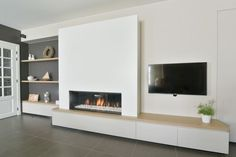 Rural fireplace wall with gas fire Kal-Fire by Haarden MVB . Living Room Tv Wall, Home Fireplace, Living Room Tv, Fireplace Design, Home And Living, Living Room With Fireplace, Living Room Designs, Contemporary Fireplace, House Interior