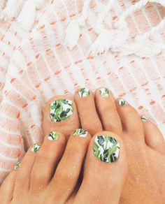 Banana Leaf toes