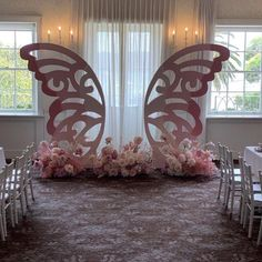 Ideas first birthday party decorations backdrops Quince Themes, Quince Decorations, Quinceanera Decorations, Butterfly Party Decorations, Quince Ideas, First Birthday Party Decorations, Girl Baby Shower Decorations, Baby Shower Themes, Butterfly Birthday Party