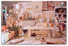 """Check out this crafting """"Studio""""!  She has some nice stuff on this blog......"""