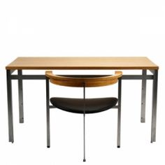 Kjærholm workingtable PK 55 with PK 11 chair. Give me. Now.