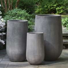 The tall and lean Campania International Urban Mews Round Planter - Set of 3 has the look of industrial cement without the weight. This planter set. Concrete Pots, Outdoor Planters, Concrete Planters, Garden Planters, Black Planters, Head Planters, Beton Design, Pot Jardin, Fiberglass Planters