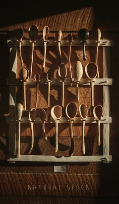 24 Creative Spoon Rack Display Design Ideas From Wood Spoon Carving Tools, Wooden Spoon Carving, Carved Spoons, Wood Carving Art, Wood Spoon, Green Woodworking, Woodworking Crafts, Spoon Art, Wooden Spatula