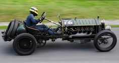I need this to drive to the shop! Vintage Sports Cars, Vintage Race Car, Old Race Cars, Pedal Cars, Homemade Tractor, Classic Race Cars, Collector Cars, Go Kart, Drag Racing