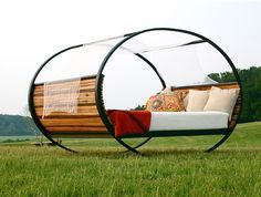 i would love a bed like this.