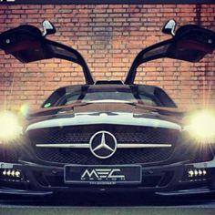 Exhilarating Mercedes SLS black wow!