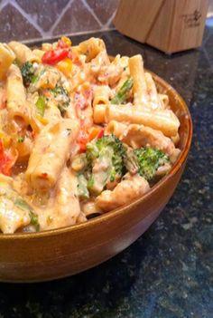 Sweethow: Confetti Chicken Pasta Recipe