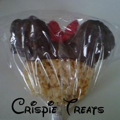 I think Mickey would work too. Minnie Mouse Rice Krispy Treat for party favor Rice Crispy Treats, Krispie Treats, Rice Krispies, Yummy Treats, Sweet Treats, Theme Mickey, Minnie Mouse Theme, Mickey Party, Mickey Mouse Birthday