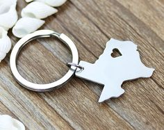 I heart Texas Keychain - Texas Map Keychain - State Keychain - Map Keychain - Can be made with any state or country