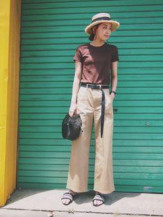 見て頂きありがとうございます😊 インスタ☞m_stylingpage Harem Pants, Khaki Pants, Hipster, Womens Fashion, How To Wear, Vintage, Style, Summer, Swag