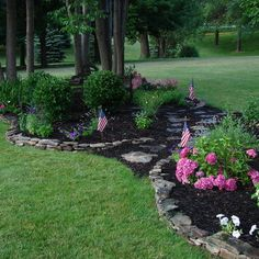 Landscape Front Yard Design, Pictures, Remodel, Decor and Ideas - page 34