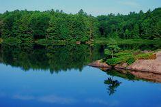 Image from http://2.bp.blogspot.com/-GntBtWSGfo4/UMyv8ZDgU1I/AAAAAAAABME/cf7b7fBxAUE/s1600/kawartha+Ontario,+ontario+lakes,+lake+kawartha.jpg.