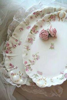 <3 Roses