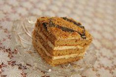 Marlenka bez vaľkania Tiramisu, Muffin, Breakfast, Cake, Ethnic Recipes, Food, Gardening, Morning Coffee, Kuchen