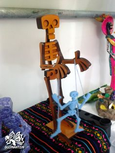 Titiritero de madera (45 cm) - Wooden puppet master (45 cm)
