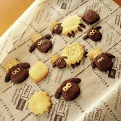 Shaun the Sheep biscuits by natsuky_arai on Twitter!