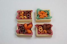 Dolls House 4 x Baskets Bread Pastries Bagels Bakery Bagel Bakery, Bread And Pastries, Large Homes, Kit Homes, Garden Inspiration, Waffles, Bagels, Dolls, Canning