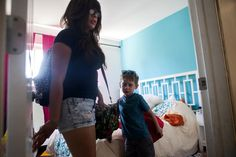 Aug 14, 2014 SAM HODGSON FOR THE NEW YORK TIMES For Jannette Navarro and her son, Gavin, 4, her work schedule has affected everything from where they live to when they sleep.  Working Anything but 9 to 5 - NYTimes.com