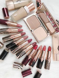 Charlotte Tilbury Hot Lips Lipsticks with a cause! - Beauty Products Are My Cardio - Charlotte Tilbury Hot Lips Lipsticks with a cause! – Beauty Products Are My Cardio - Glam Makeup, Eyeshadow Makeup, Beauty Makeup, Eyeliner, Highlighter Makeup, Top Beauty, Dark Makeup, Makeup Set, Flawless Makeup