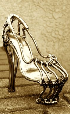 Welded Shoe...i would rock this... but i know it would hurt.haha
