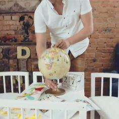 🐥 Kinder brauchen Ihren Platz der Kreativität.  Einen Ort,  an dem die kleinen Persönlichkeiten in ihrer zauberhaften Welt der Kindheit versinken können! 😀 Bei ihrer Auswahl eines SmartGrow 7 in 1 Babybettes vergessen Sie nicht,  dass ComfortBaby diese Frage für sie bereits gelöst hat! 💑 www.comfortbaby.global 🐣Copyright 2017 All Rights Reserved.#pregnancy #pregnant #beistellbett #babybett #babycrib #ComfortBaby #babyshower #bassinet