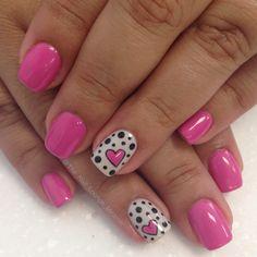 Hearts and dots gel nail art design