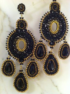 Black and gold dangle earrings | Forever 21 jewelry, Dangles and 21st
