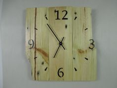 Of pallets wooden wall clock by AtelierNordSud on Etsy