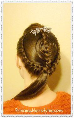 Pretty Christmas hairstyle tutorial