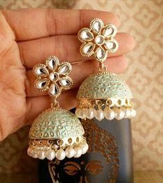 Mint Jewelry, Indian Jewelry Earrings, Indian Jewelry Sets, Jewelry Design Earrings, Silver Jewellery Indian, Indian Wedding Jewelry, Ear Jewelry, Bridal Jewelry, India Jewelry