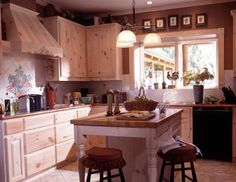 Country log home kitchen