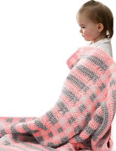 Baby will absolutely love snuggling in this Quick and Easy Crochet Baby Blanket. Single crochet and double crochet stitches are used making this a simple baby blanket pattern even for those just learning how to crochet. Baby Afghan Crochet, Crochet Bebe, Easy Crochet, Free Crochet, Knit Crochet, Baby Afghans, Double Crochet, Single Crochet, Crochet Gifts