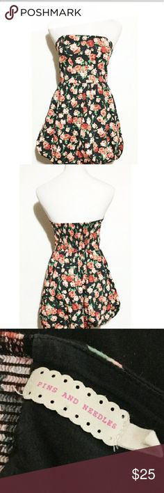 Pins and Needles Rose Dress Beautiful rose printed dress by Pins amd Needles.  EUC. Pins & Needles Dresses Strapless