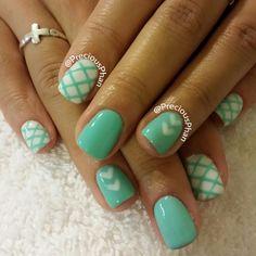 Mint, Tiffanys, heart nails