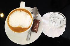 O Café Capriccio com Leite da  Renata Arassiro  é preparado com uma cremosidade INACREDITÁVEL. #cafe #chocolate #coffee #bebocafe