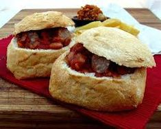 Boerewors Bunny Chows with Tomato,Chilli, Onion and Mrs. Ingredients Boerewors 6 Crispy Rolls (Italian rolls) 2 x Crispy Rolls, Italian Rolls, Chow Chow, Chutney, Kos, Onion, Bunny, Bread, Breakfast