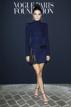Kendall Jenner attends Vogue Foundation Dinner during Paris Fashion Week as part of Haute Couture Fall/Winter at Musee Galliera on July 2017 in Paris, France. Get premium, high resolution news photos at Getty Images Style Couture, Couture Week, Couture Fashion, Kendall Jenner Outfits Casual, Kendall And Kylie Jenner, Fashion Week, Look Fashion, Fashion Outfits, Womens Fashion