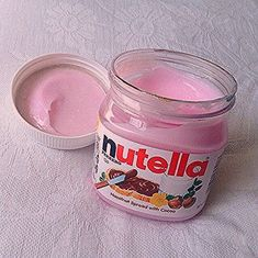 Pink Nutella - Is this white chocolate and strawberries? Imagenes Color Pastel, Cute Food, Yummy Food, Pink Foods, Aesthetic Food, Everything Pink, Pink Love, Pastel Pink, Food And Drink
