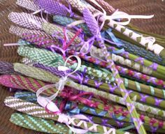 And for the adventurous wand weaver, spiral wands. How to make lavender wands with different patterns.
