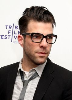 Zachary Quinto just looks like a serial killer! But he's TOO fine!