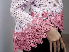 kol kısmı pembe çiçek motifli şık örgü bayan bluzu