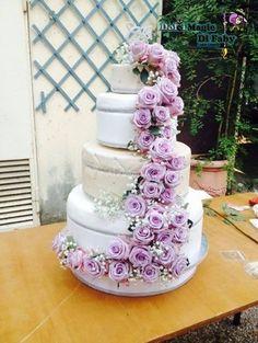 Torta con fiori freschi di Loris' Cake Shop | Foto 2