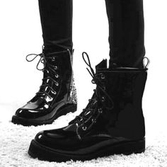 i ordered more boots and i am so excited bc they get here on Thursday!!!