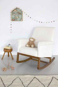 NEW!!!! Olli Ella Ro-Ki Rocker Nursing Chair  http://thebabycloset.com.au/nursing-chairs-rockers-gliders/olli-ella-ro-ki-rocker-nursing-chair--snow-with-natural-