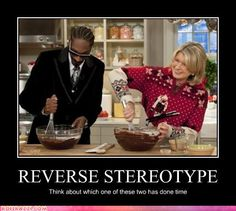 celebrity-pictures-snoop-dogg-stewart  Both are convicts.